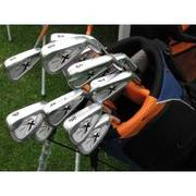 Callaway X-24 HOT Iron Set 4-PW,  AW with Graphite Shafts